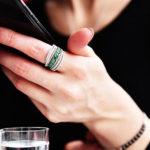 """แนะนำการเลือก """"สวมแหวน"""" ตามหลักโหราศาสตร์ ที่ช่วย """"เสริมดวง"""" ได้อย่างแท้จริง!"""