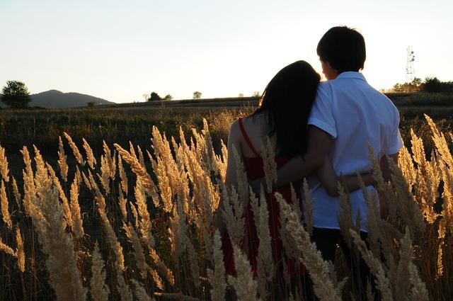 ทายนิสัยคนรักที่เกิดวันที่ 4 : วันที่เกิด…เปิดเผยคู่รัก ทายนิสัยคนรักจากวันเกิด