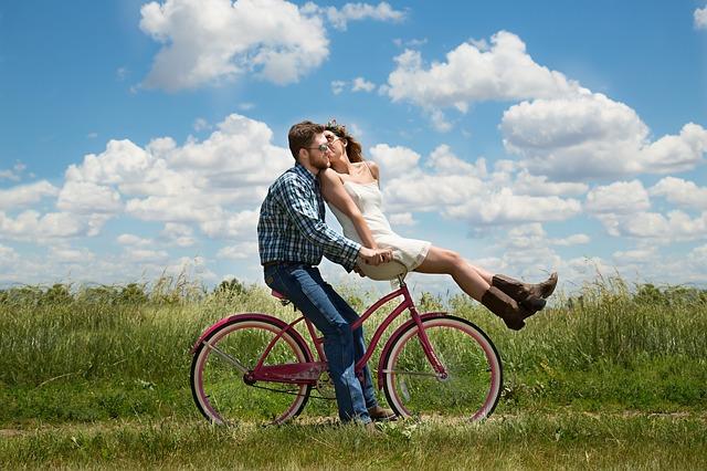ทายนิสัยคนรักที่เกิดวันที่ 9 : วันที่เกิด…เปิดเผยคู่รัก ทายนิสัยคนรักจากวันเกิด